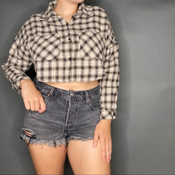 UNIF Tops - Unif x UO Cropped Flannel Button Down M Cream